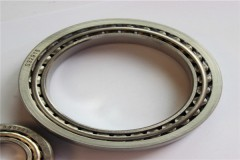 Structure and characteristics of stainless steel cylindrical roller bearings.